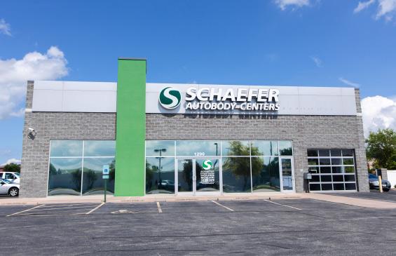 Schaefer Auto Body shop in Illinois