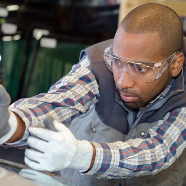 glass technician