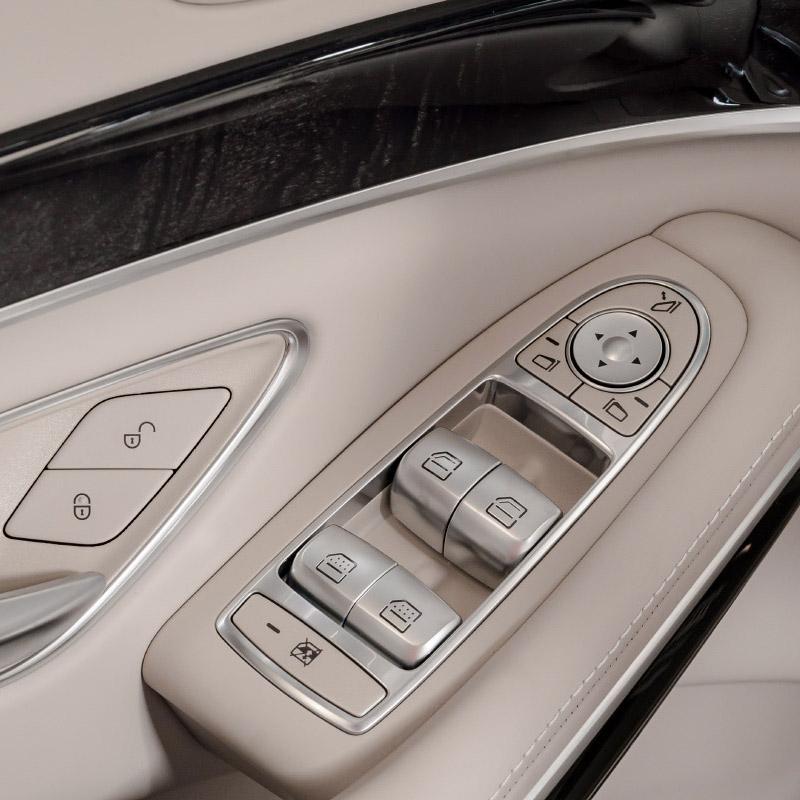 power windows in a luxury car